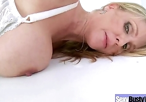Hard Style Sex Tape With Big Melon With Tis Housewife (julia ann) movie-12