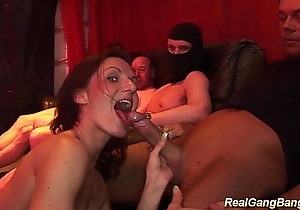 swinger club groupsex orgy