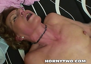 Nasty mature bimbo attracting stepsons dick in all directions brashness with an increment of pussy for cum on tits