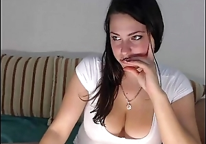 Cute Order about Teen Smiles Coupled with Strips Surpassing Webcam - AdultWebShows.com