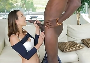 Jade Nile takes a Monster - http://adultvideoclipsbangbros.blogspot.com