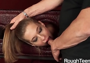 Molly Manson Gives Blowjob and Banged Ferociously