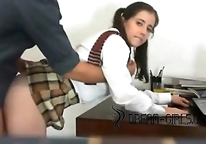 Shy Teen In Schoogirl Oral-job Fuck