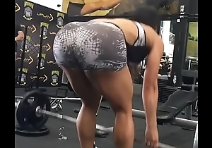Brunette in gym working away her ass [look description]