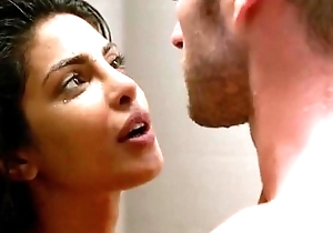 Priyanka choprabest sex scene ever distance from quantico
